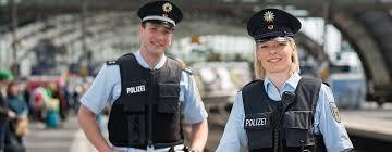 Realschüler in NRW können künftig direkt zur Polizeiausbildung (Umweg über ein Berufskolleg)